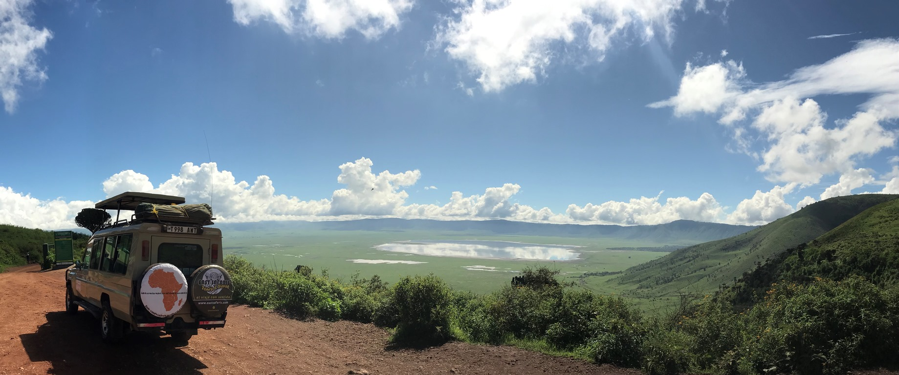 Ngorongoro-crater-view with east safaris